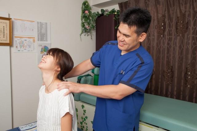 頚椎症 首痛施術